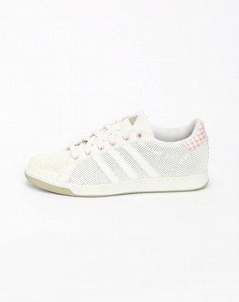 阿迪达斯adidas女子白色网球鞋u43830