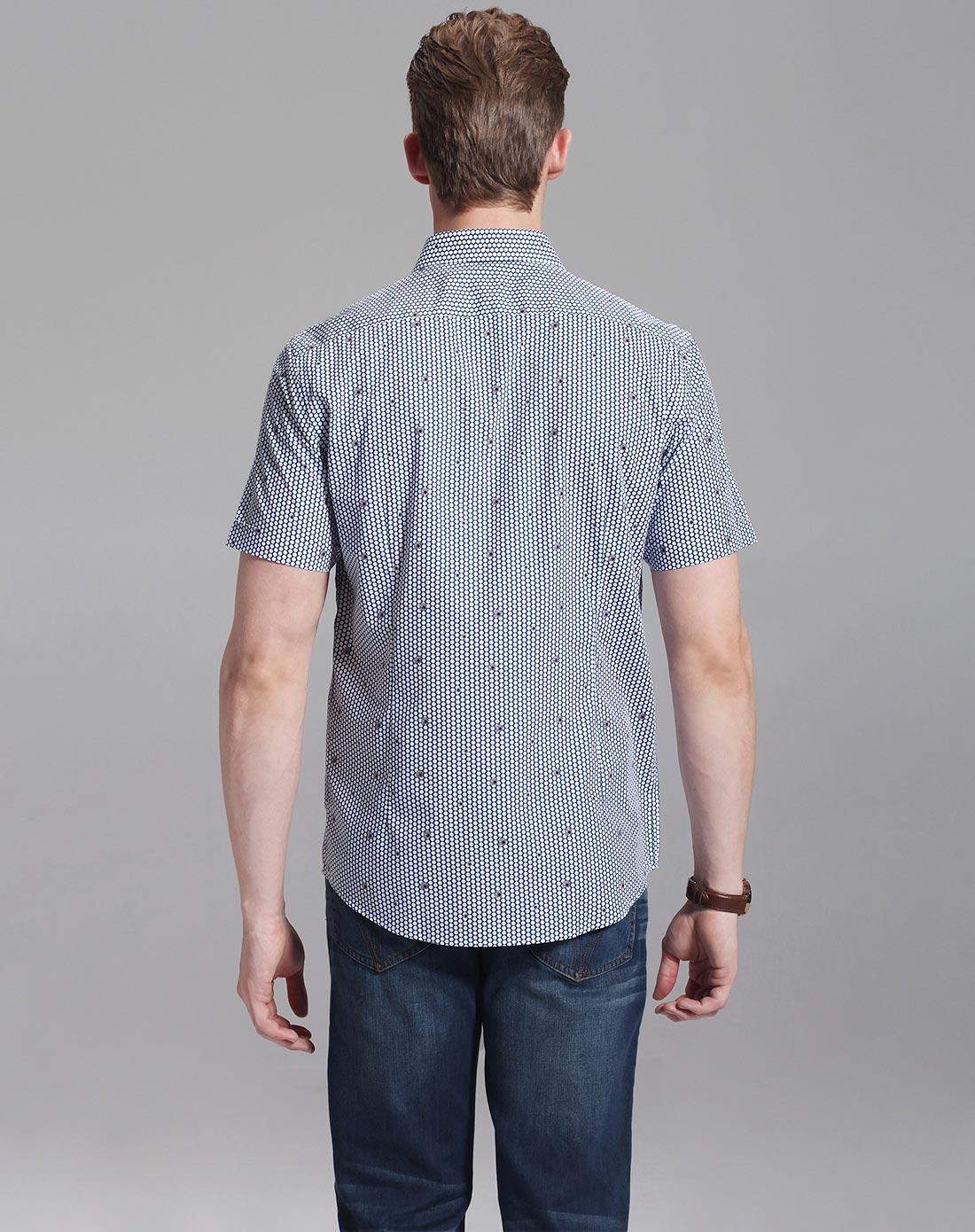 纯棉休闲蓝底花纹短袖衬衫