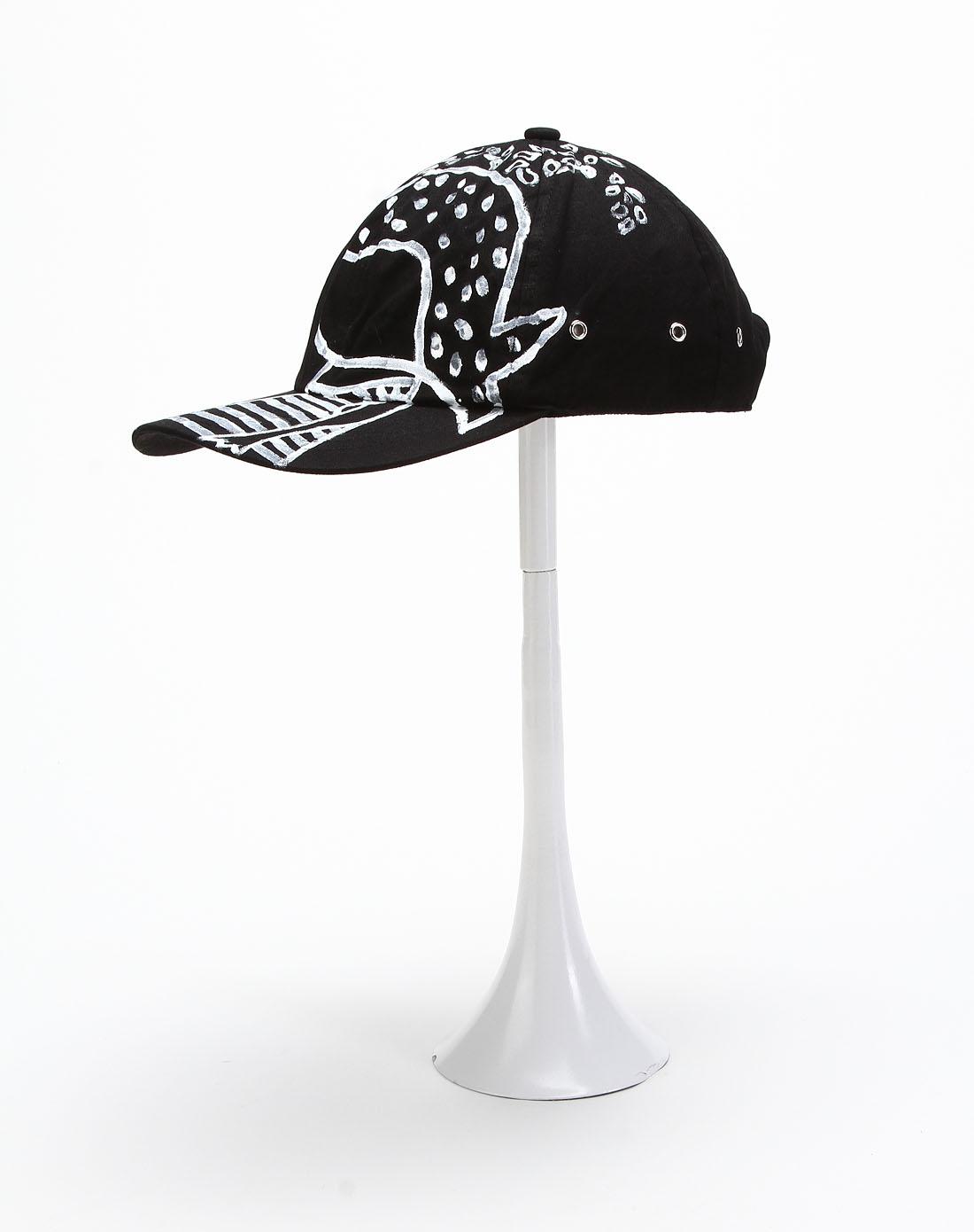 黑色手绘棒球帽