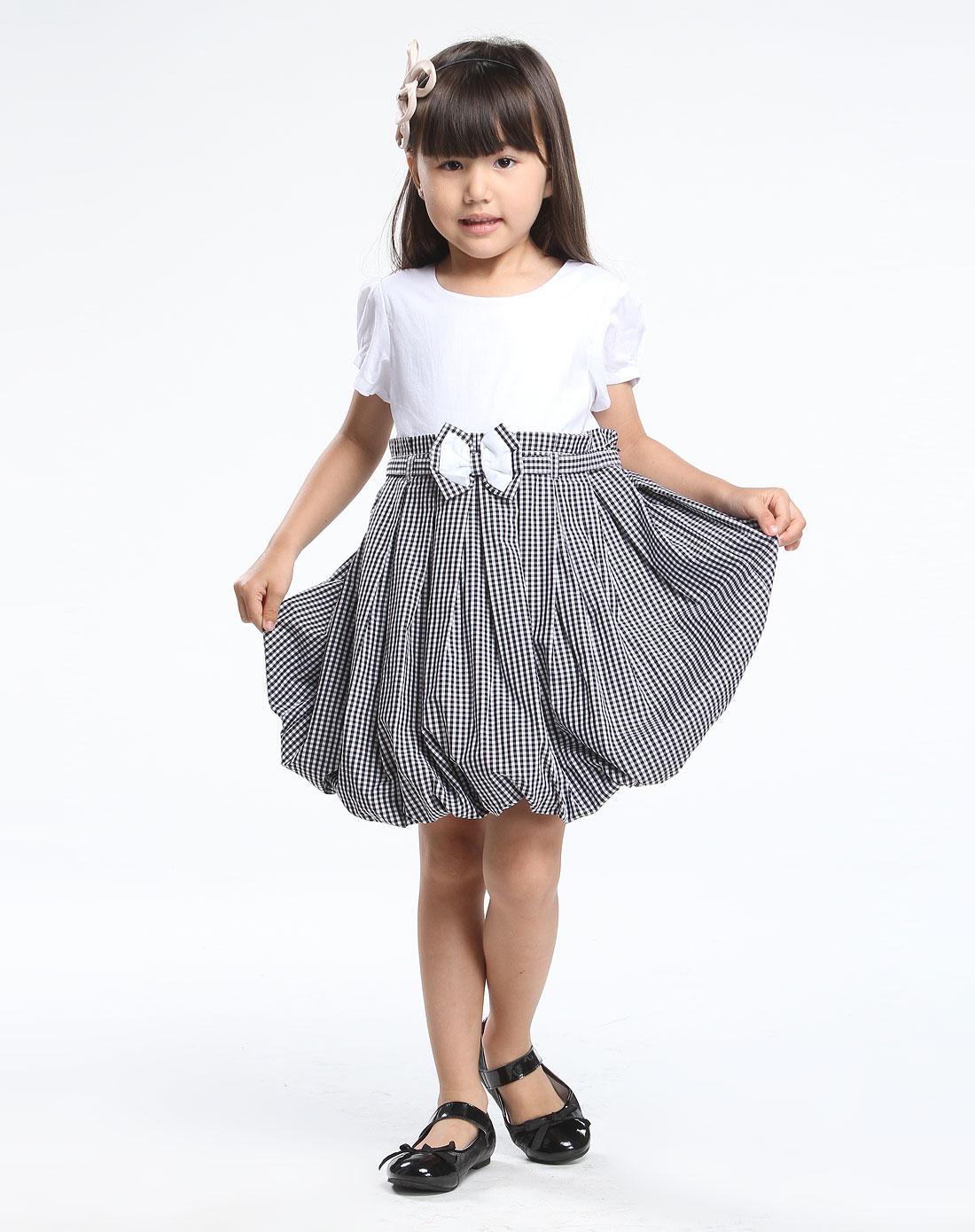 女童黑白色圆领蝴蝶泡泡裙