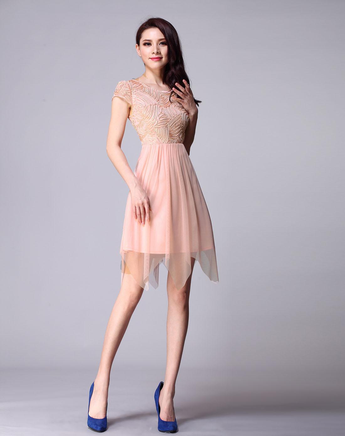 轻熟女装_zimmur女装专场-粉橙色短袖轻熟范修身连衣裙