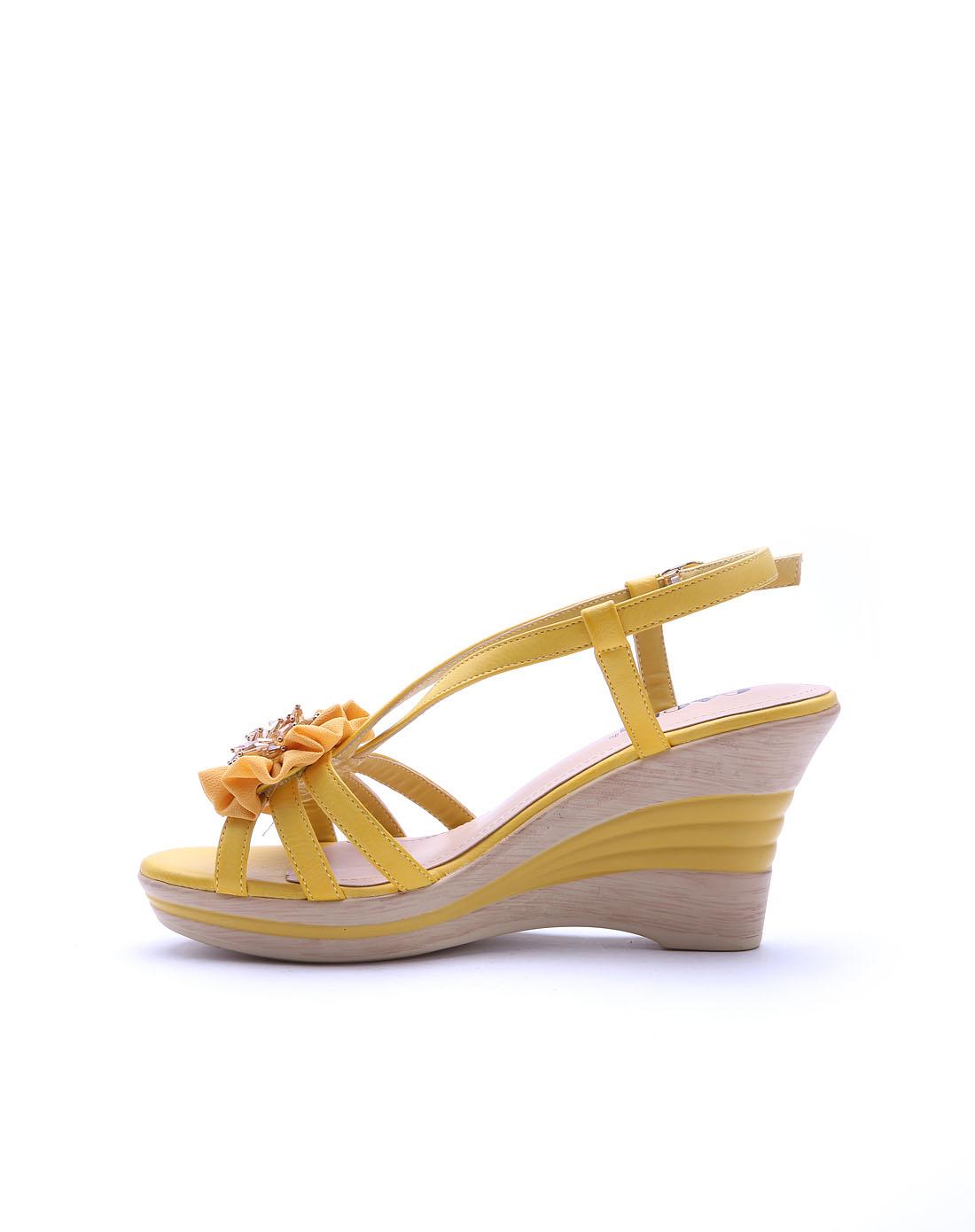 高蒂 女款黄色pu凉鞋