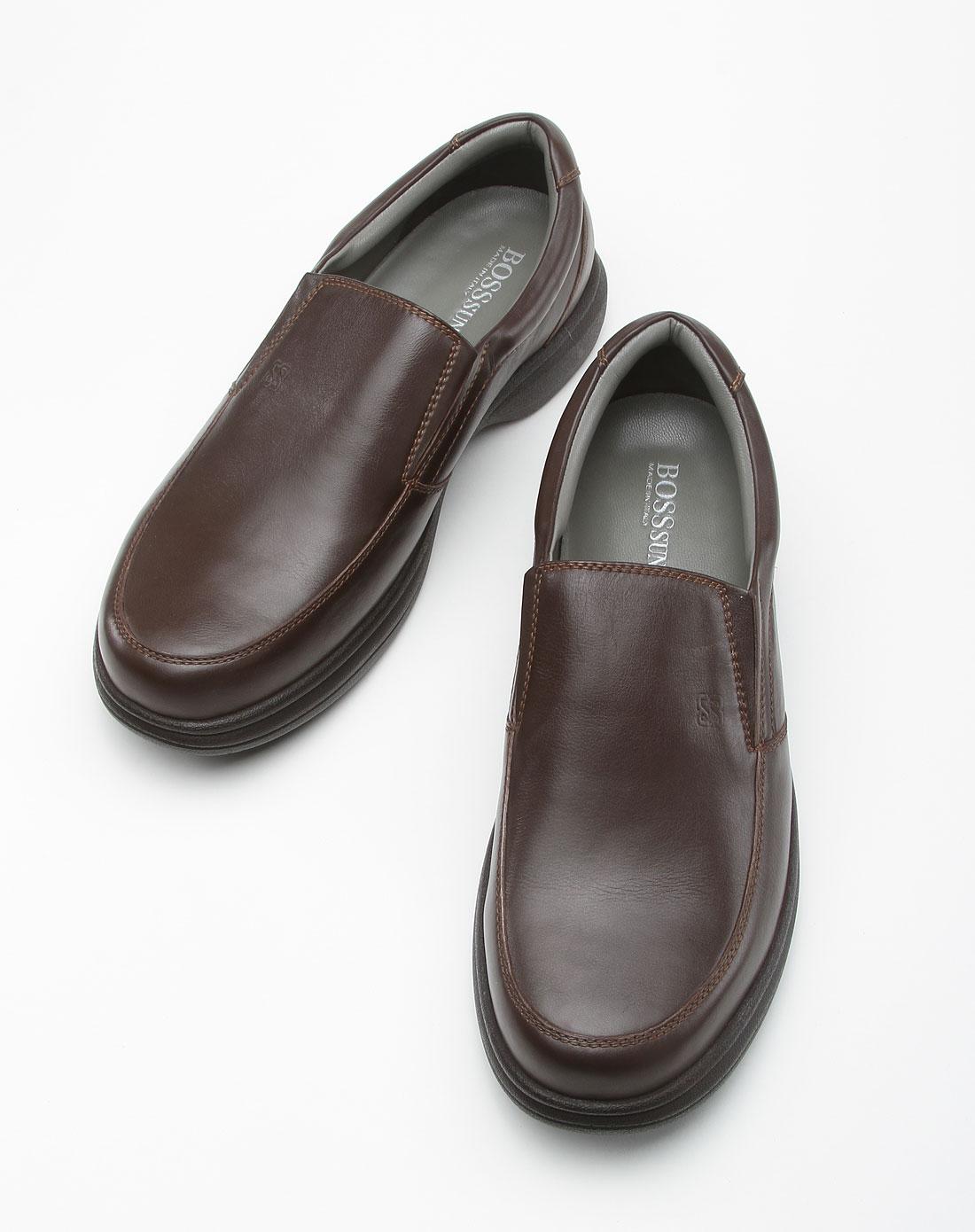 咖啡色商务休闲皮鞋