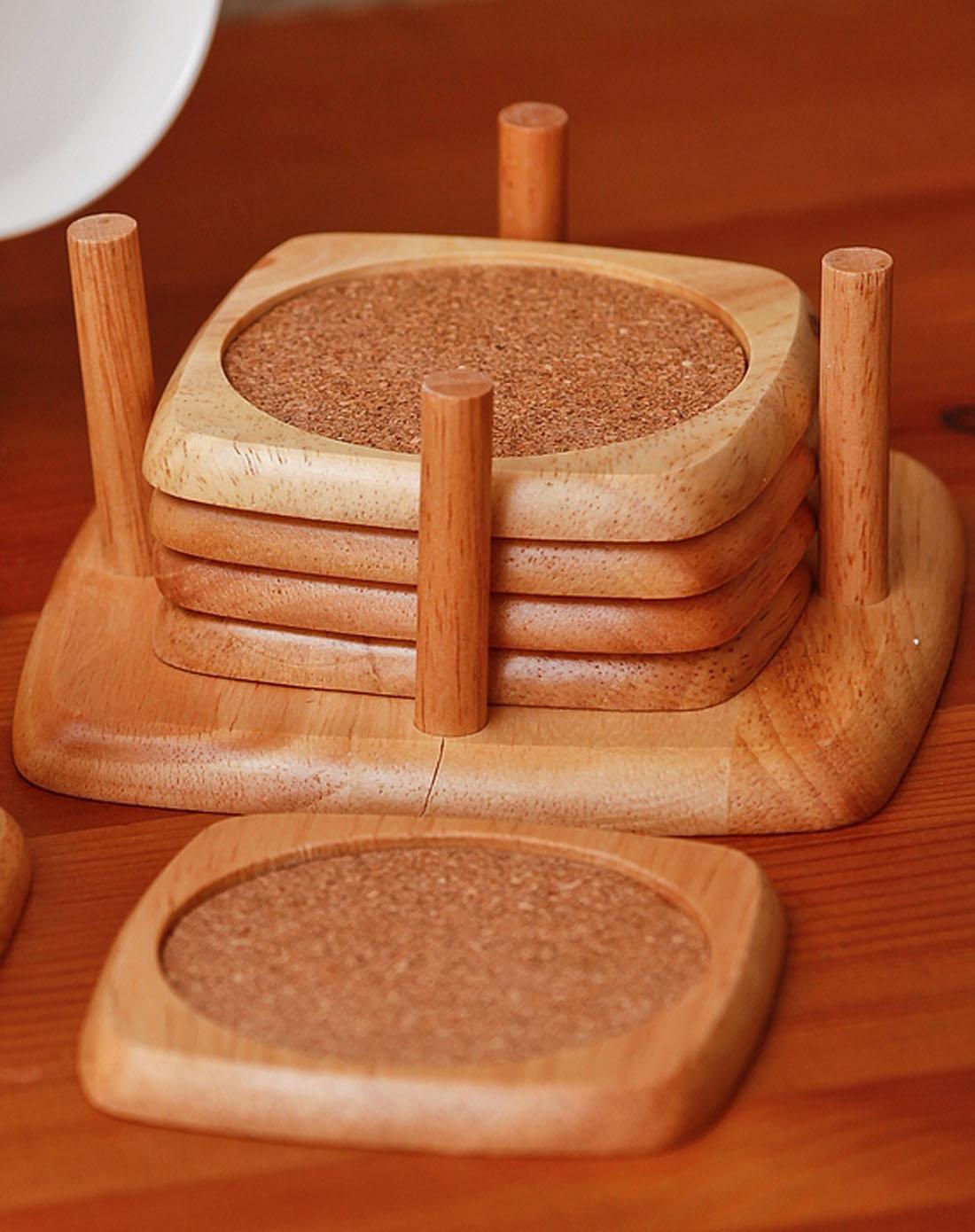 橡胶木方形杯垫109001