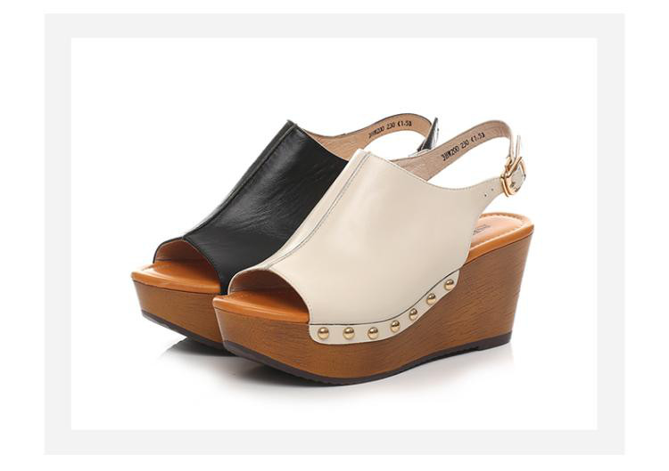 森达夏季专柜同款时尚休闲坡跟女高跟凉鞋米色