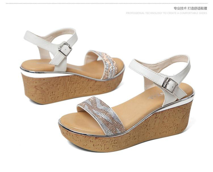 森达夏季专柜同款时尚羊皮坡跟女凉鞋