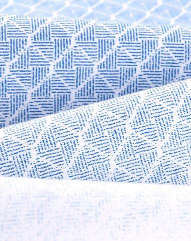 浅蓝花纹修身休闲短袖衬衫