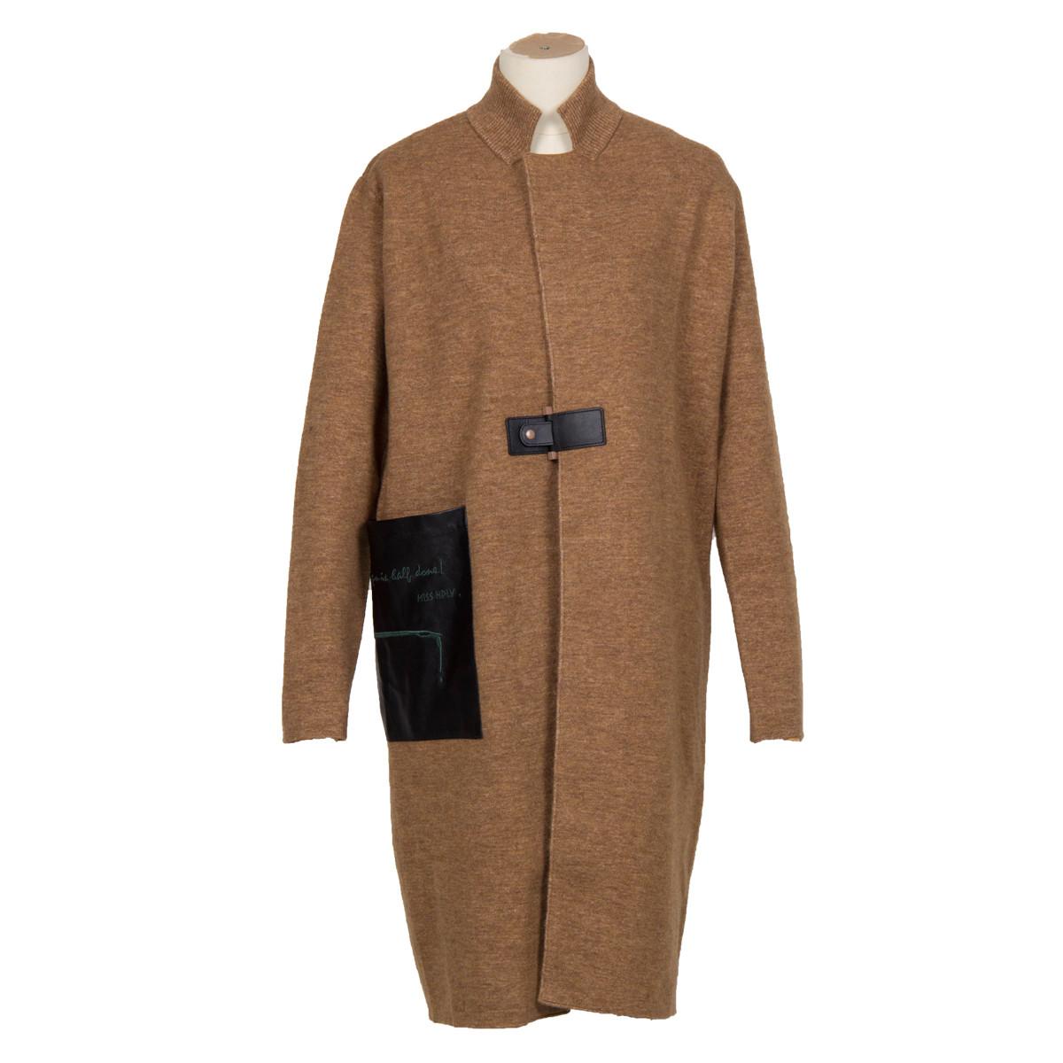 荷比俪荷比俪复古立领一粒扣中长款创意口袋休闲针织外套HM632650142-62