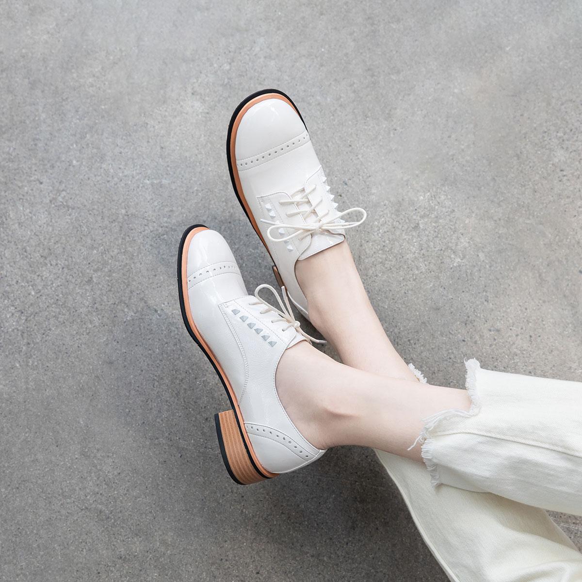 卡美多卡美多2019秋季新款漆皮超纤系带小皮鞋女布洛克英伦风单鞋女KACAU93-92765-07DC