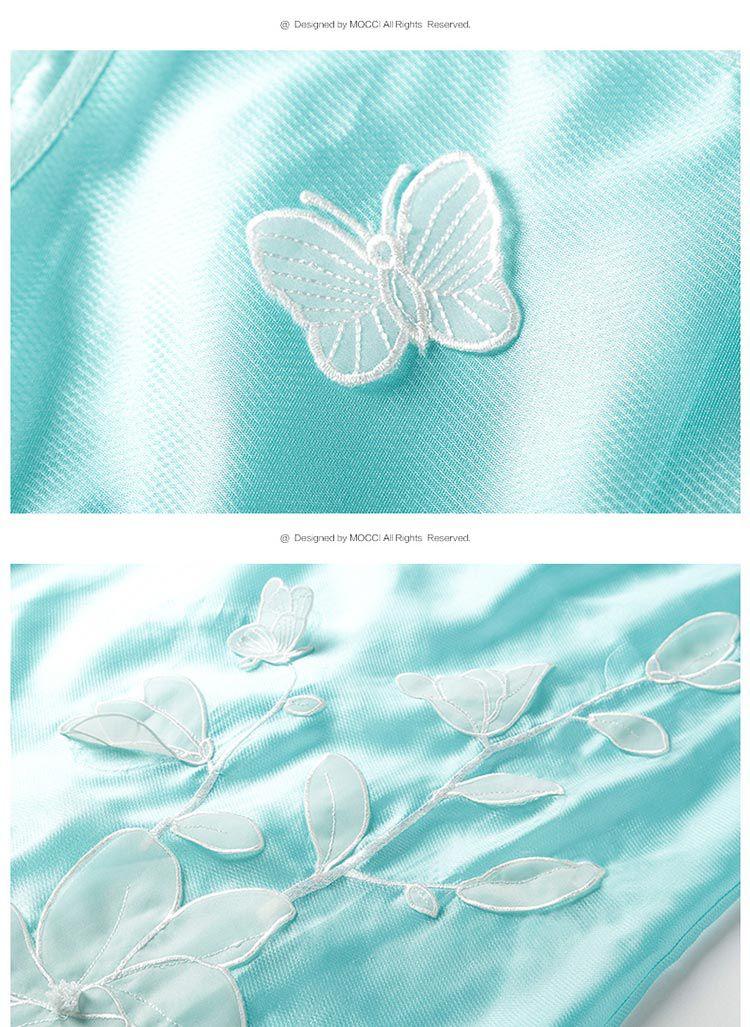 纯色立体花蝴蝶清新连衣裙