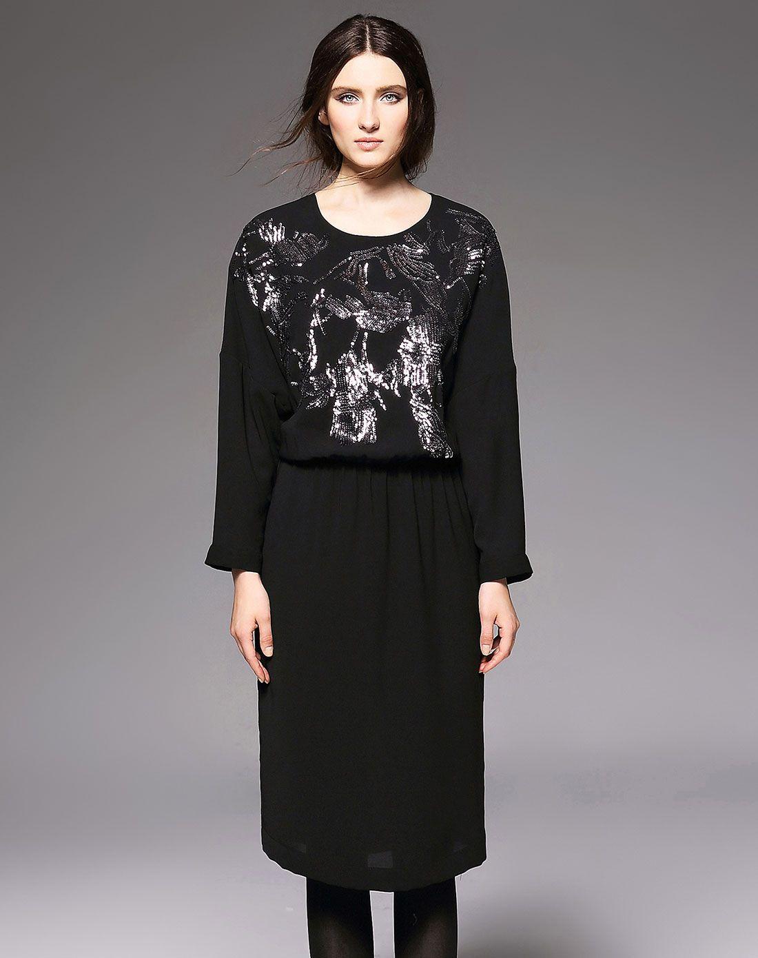 亮片刺绣蝙蝠袖连衣裙