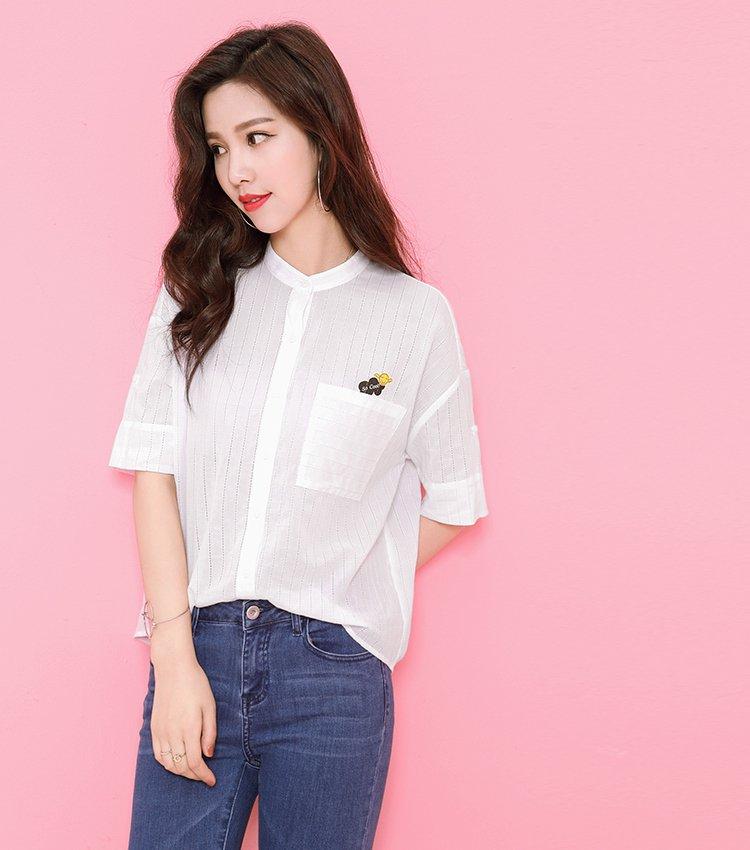 袖跺(h�(�_条纹镂空立领五分袖棉质白衬衫本白