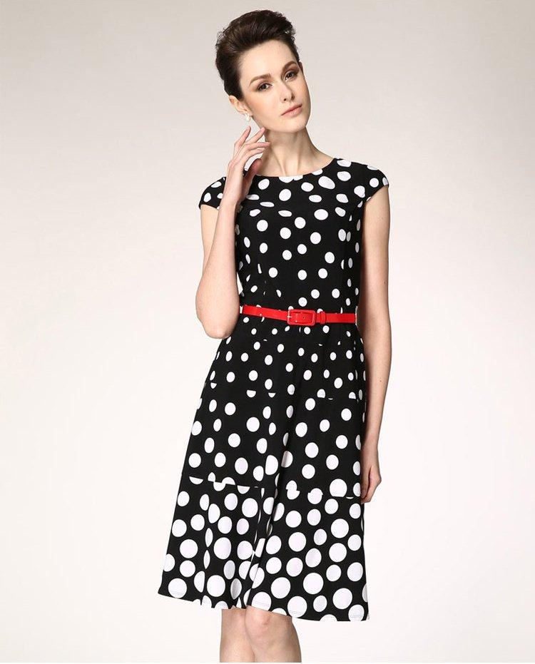 女装针织印花修身连衣裙黑白圆点