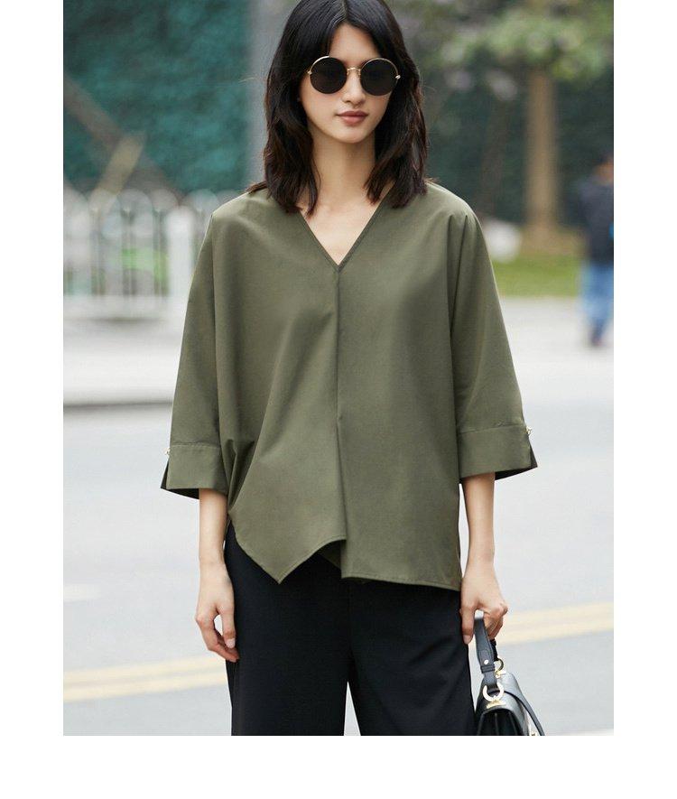 袖跺(h�(�_时尚v领连身袖分割开衩衬衫米白
