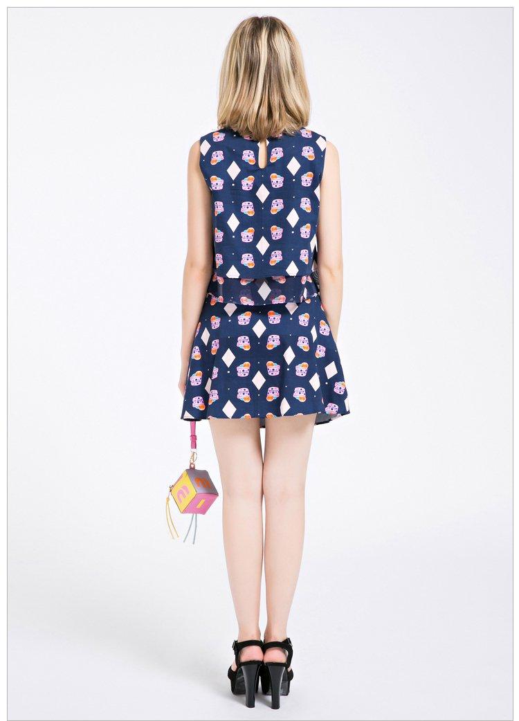 甜美可爱上衣半身裙套装深蓝