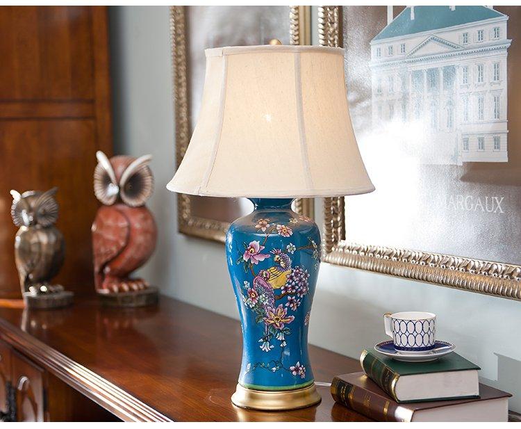 欧式彩绘花鸟陶瓷配铜装饰台灯