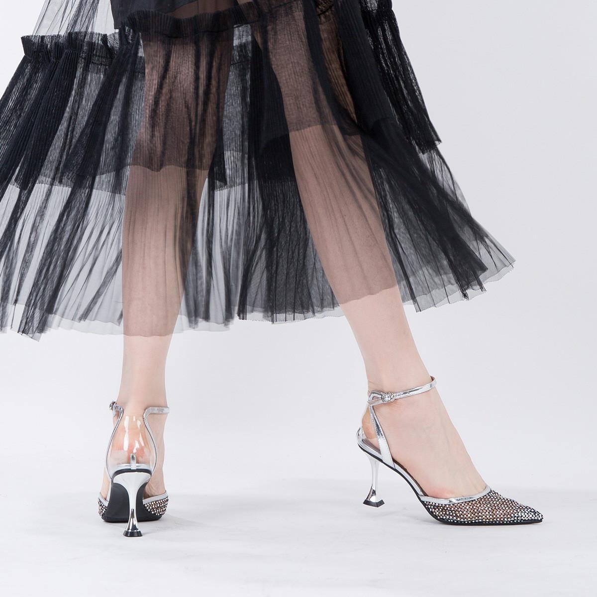 沙驰19年新品  双层网纱镶钻精致优雅高跟鞋透明包跟性感半凉鞋9A21008110