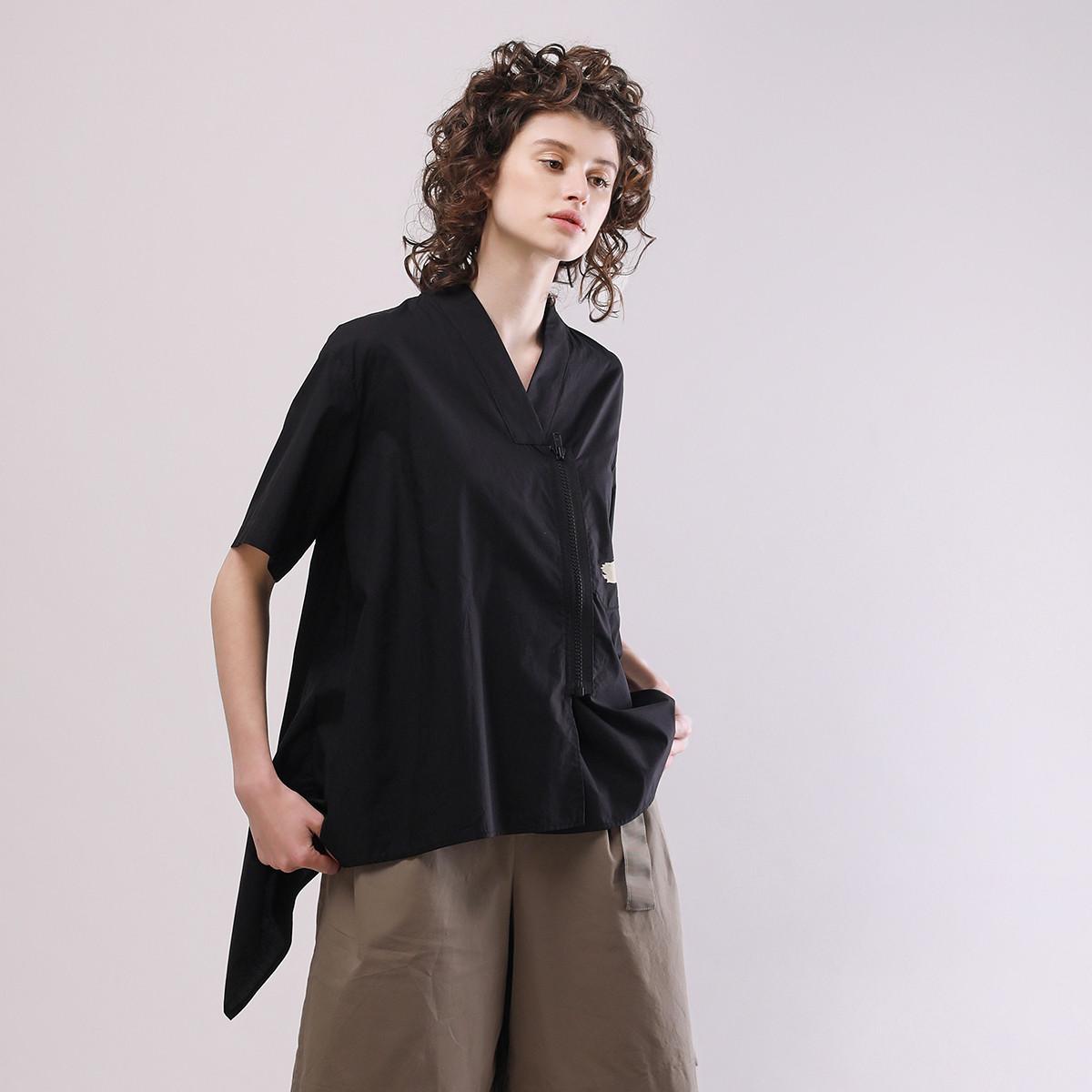 OTT夏装女款 A型V领后背抽褶短袖上衣TT66W176996