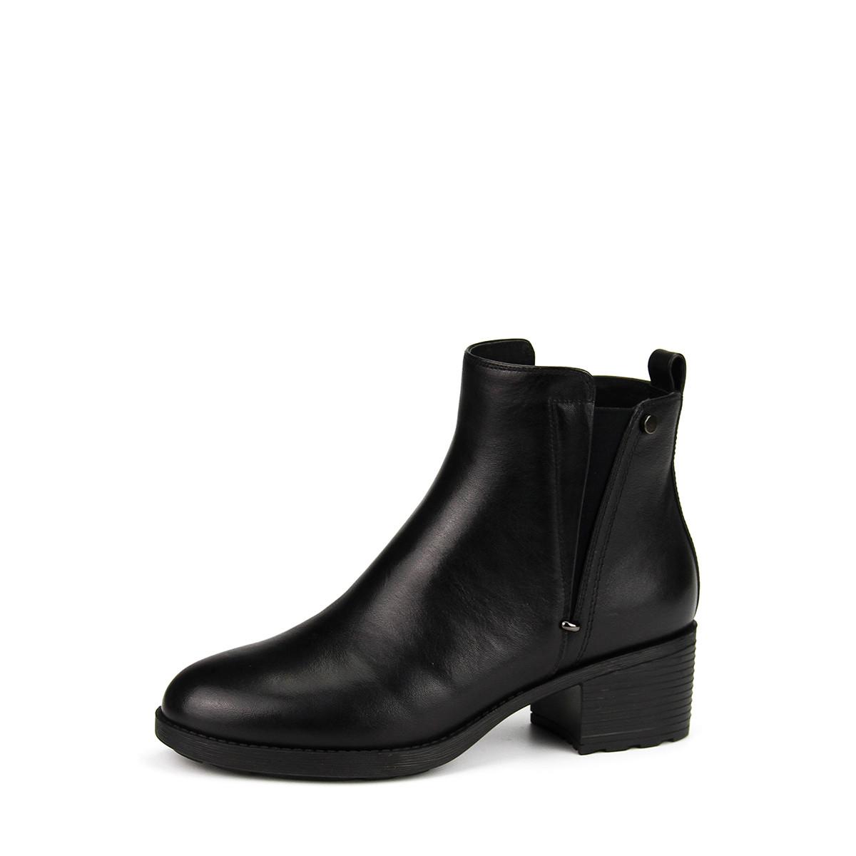 莱思丽冬季新品素面简约粗跟牛皮短靴KE88-LD5376-01