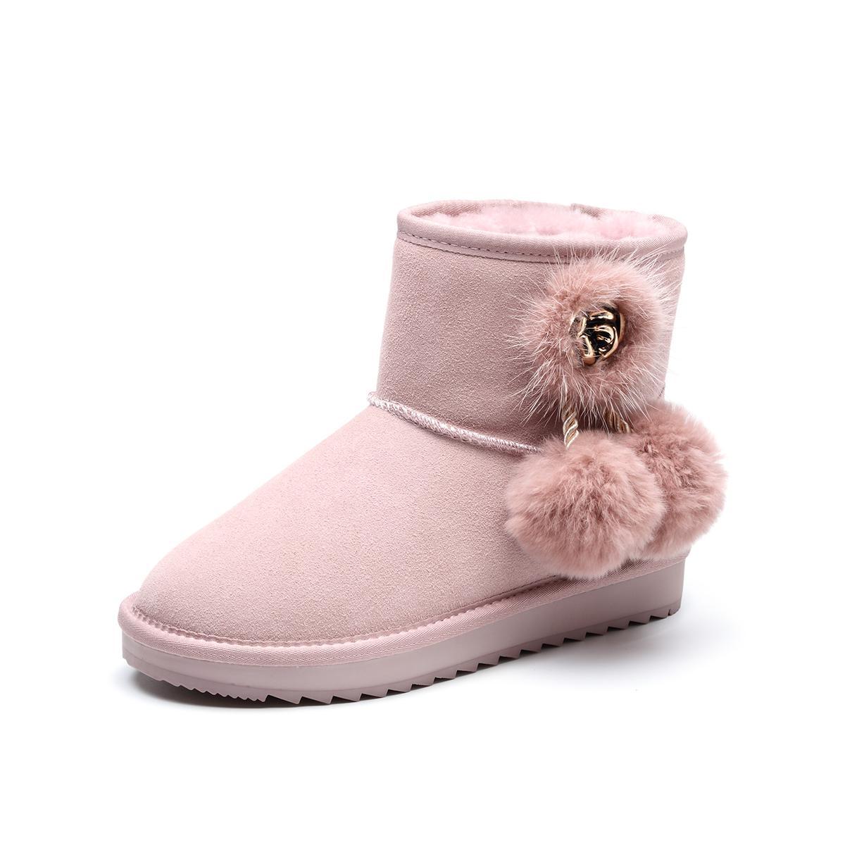 森达森达2019冬季新款专柜同款甜美绒毛吊坠女雪地靴V91VJR41MK1DD9