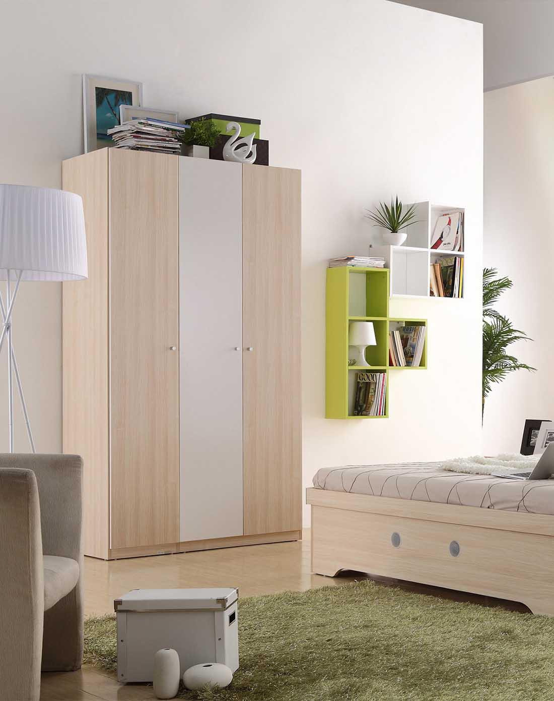 3门衣柜 1.5床 床头柜*1