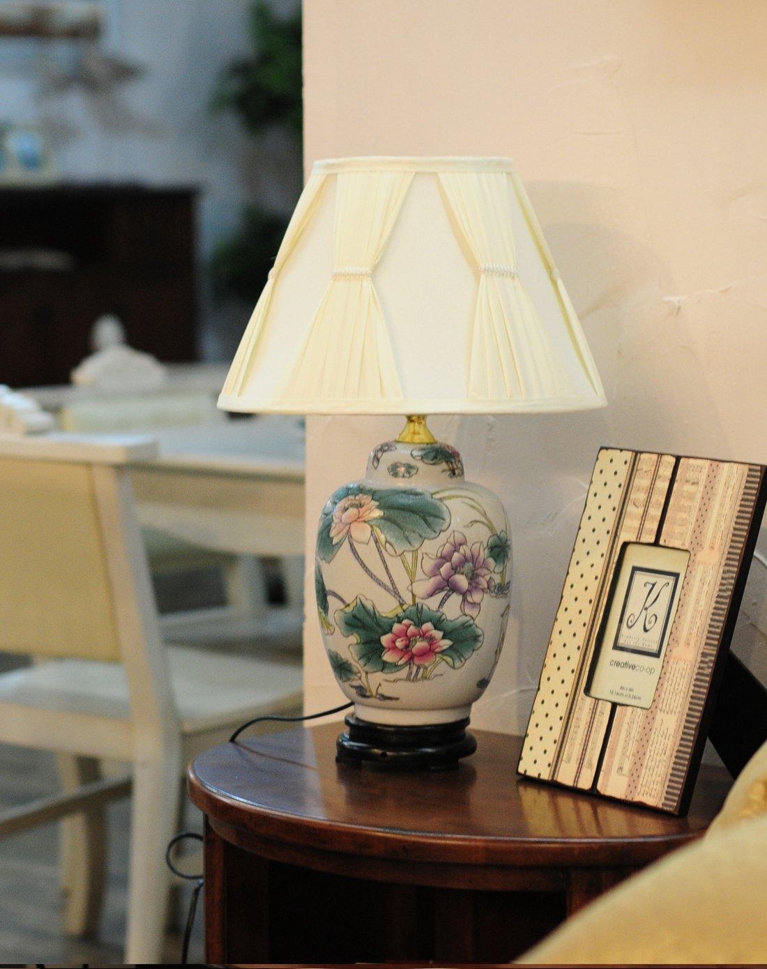 中式手绘荷花陶瓷装饰台灯