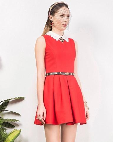 连衣裙大红