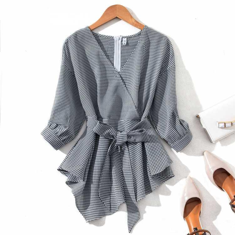 女款复古休闲小V领七分袖系带收腰显瘦不规则下摆格子衬衫衬衣