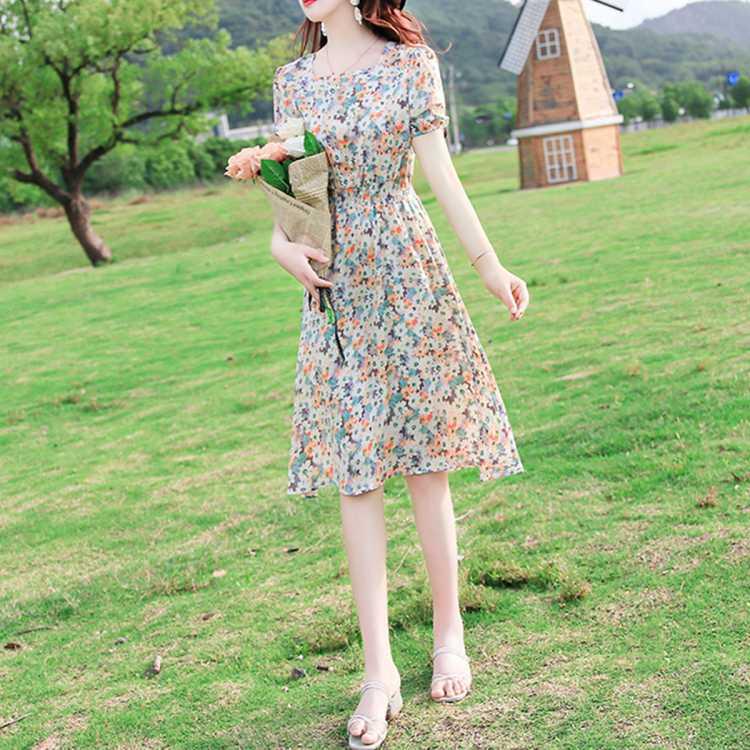【妻子的浪漫旅行】碎花连衣裙21夏季新款收腰显瘦甜美雪纺裙女