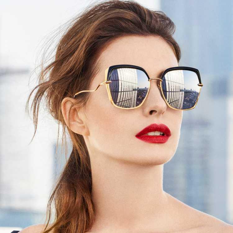 【明星同款】暴龙女士双梁大框墨镜高清太阳镜女 BL6052